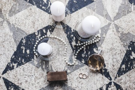 Feminine wedding accessories