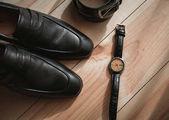 Podnikatel příslušenství. Pánské styl. Pánské doplňky: Pánské butterfly, Pánské boty, Pánské hodinky. Sada ženich Butterfly obuv opasky hodinky