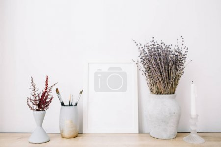 photo frame with lavender bouquet