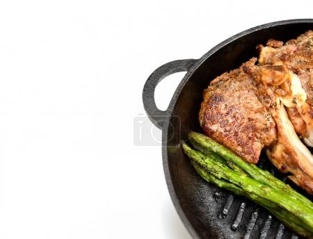 lamb steaks with asparagus