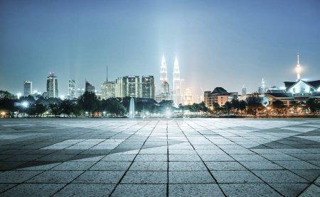 Cityscape with empty floor