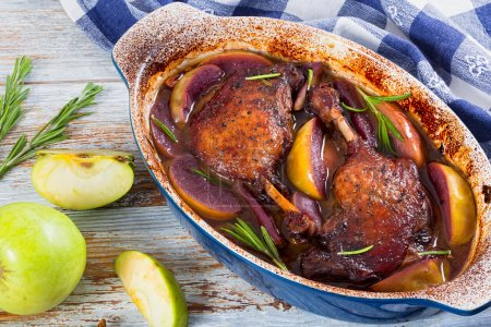 grilled duck legs baked in oven in red wine
