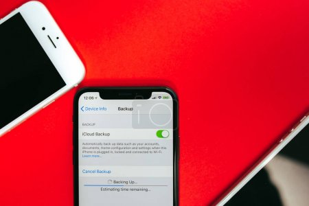 Backup data on Apple Iphone X flagship smartphone