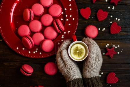 sweet red macarons
