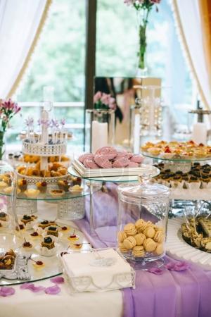 sweet wedding desserts