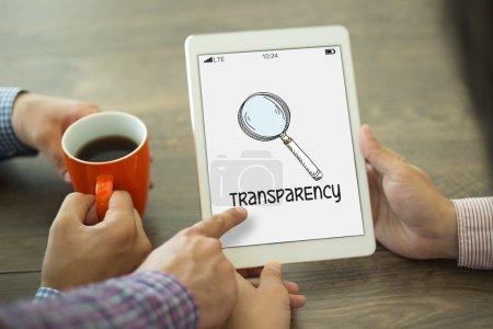 Transparenztext auf dem Bildschirm.