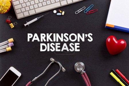 Photo pour Concept de santé: la maladie de Parkinson - image libre de droit