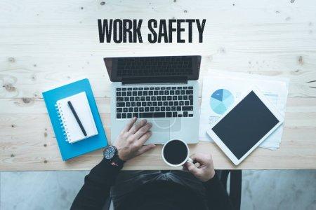 Photo pour Entreprise de technologie de communication et de travail sécurité Concept - image libre de droit