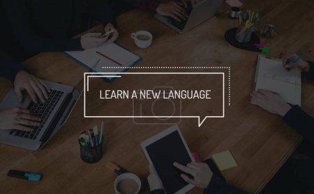 Foto de Negocio trabajo en equipo trabajo Oficina ideas aprender un nuevo concepto de lengua - Imagen libre de derechos