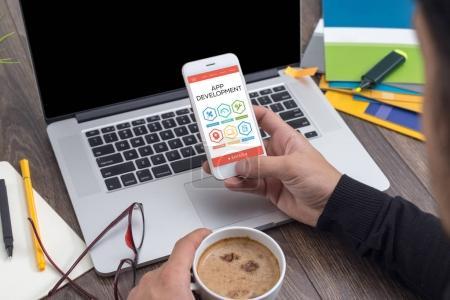 Photo pour Développement d'applications, l'Innovation Concept sur écran - image libre de droit