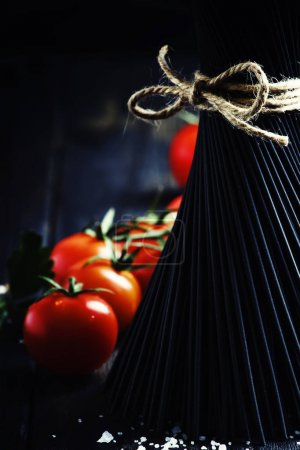 Spaghetti and tomatoes, still life