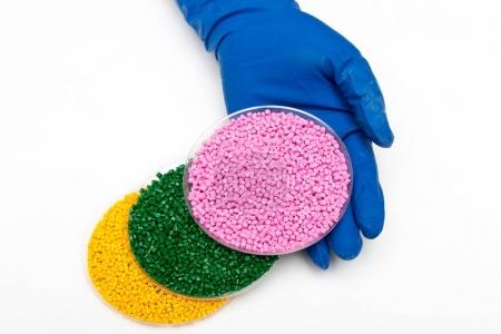 Plastic pellets. Polymeric dye.  Colorant for plastics in the granules.