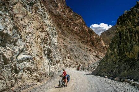 Cycling in Tibet
