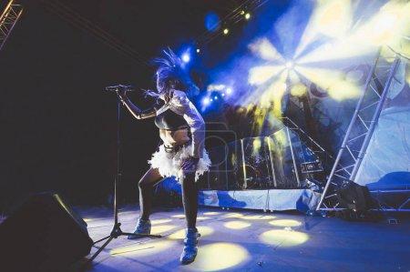Photo pour Rock and roll groupe live - image libre de droit
