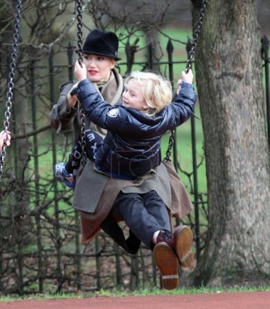 Gwen Stefani , Gavin Rossdale and children Kingsto...