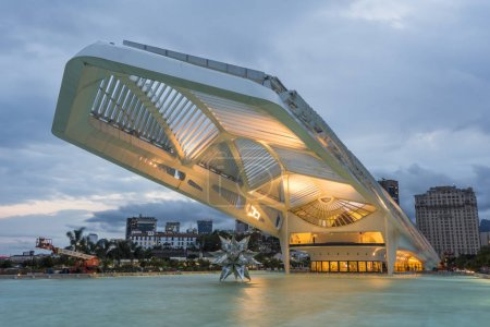 Blick auf moderne Architektur, Museu do amanha (Museum von morgen) Gebäude in praca maua (maua square))