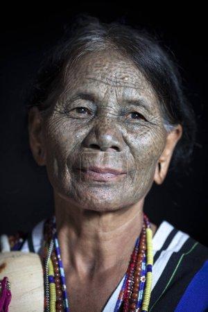 Daai woman in kitchen