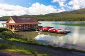 maligne lake rocky mountain canada