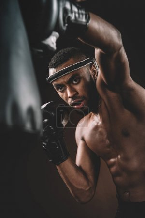 Entraînement des athlètes Muay Thai
