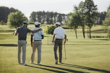 Multiethnic golf players