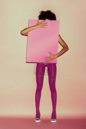 girl with pink card