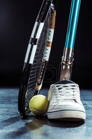 leg prosthesis and tennis equipment
