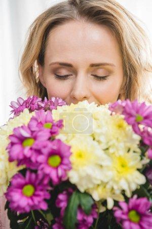 Woman holding bouquet
