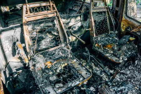 Burned out car, Burnt seats with springs