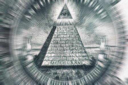 Photo pour Notion de théorie du complot. Tous les aveugles et pyramide sur le billet de dollar d'Usa, photo macro avec motion blur effet - image libre de droit